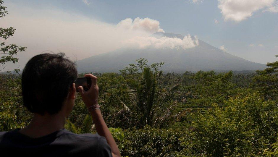 Bali'de volkanik alarm en üst seviyeye çıkarıldı!